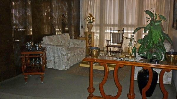 Sala de visita com varanda mobiliável